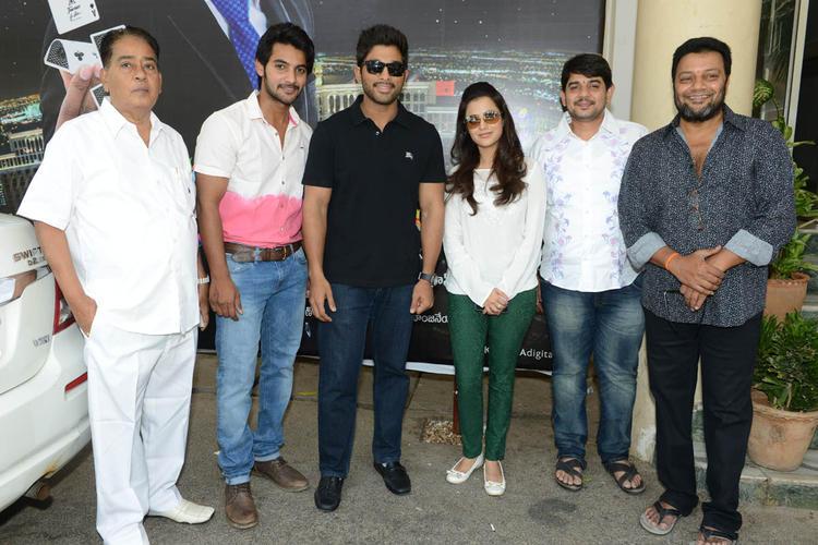 Aadi,Allu Arjun,Nisha,Sai Kumar Posed Still At Sukumarudu Triple Platinum Disc Function