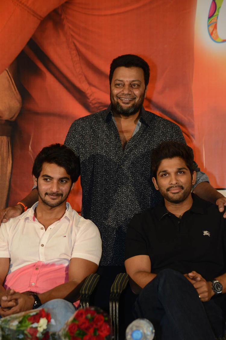 Aadi,Sai Kumar And Allu Arjun Posed For Camera At Sukumarudu Triple Platinum Disc Function