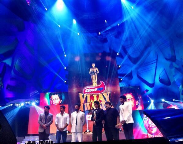 Shahrukh Khan Graced At 7th Vijay Film Awards 2013