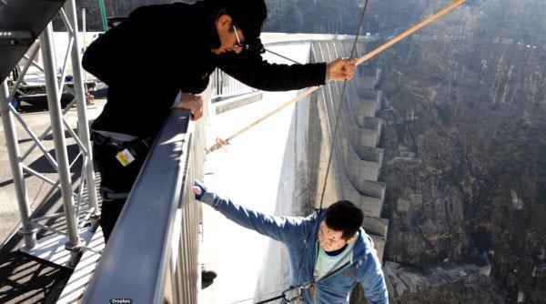 Aamir Khan Shootout Dhoom 3 At The Verzasca Dam In Swizerland