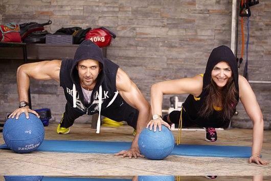 Hrithik Roshan And His Mom Pinky Roshan Latest Pic In Gym