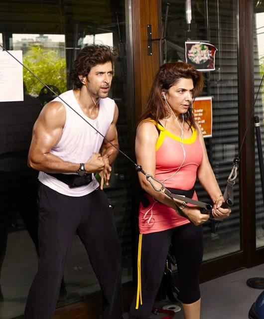 Hrithik Roshan And Pinky Roshan Exercise Pic In Gym
