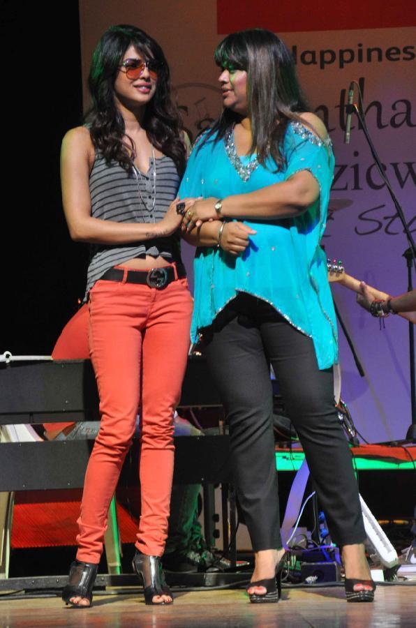 Priyanka Chopra Graced At St. Andrews College Musical Event