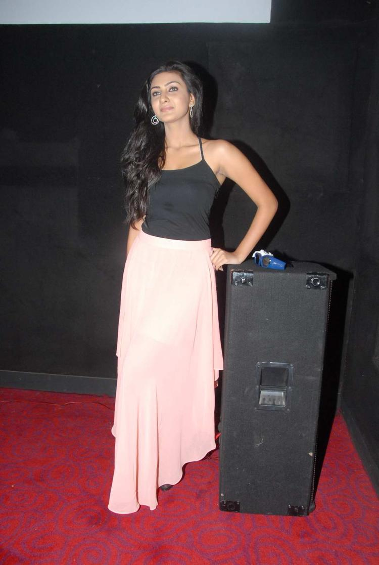 Neelam Upadhyay Clicked At Action 3d Shooting Spot Press Meet