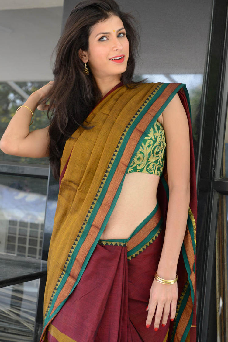 Sonia Birje In Saree Dazzling Look At Manushulatho Jagartha Movie Opening Function