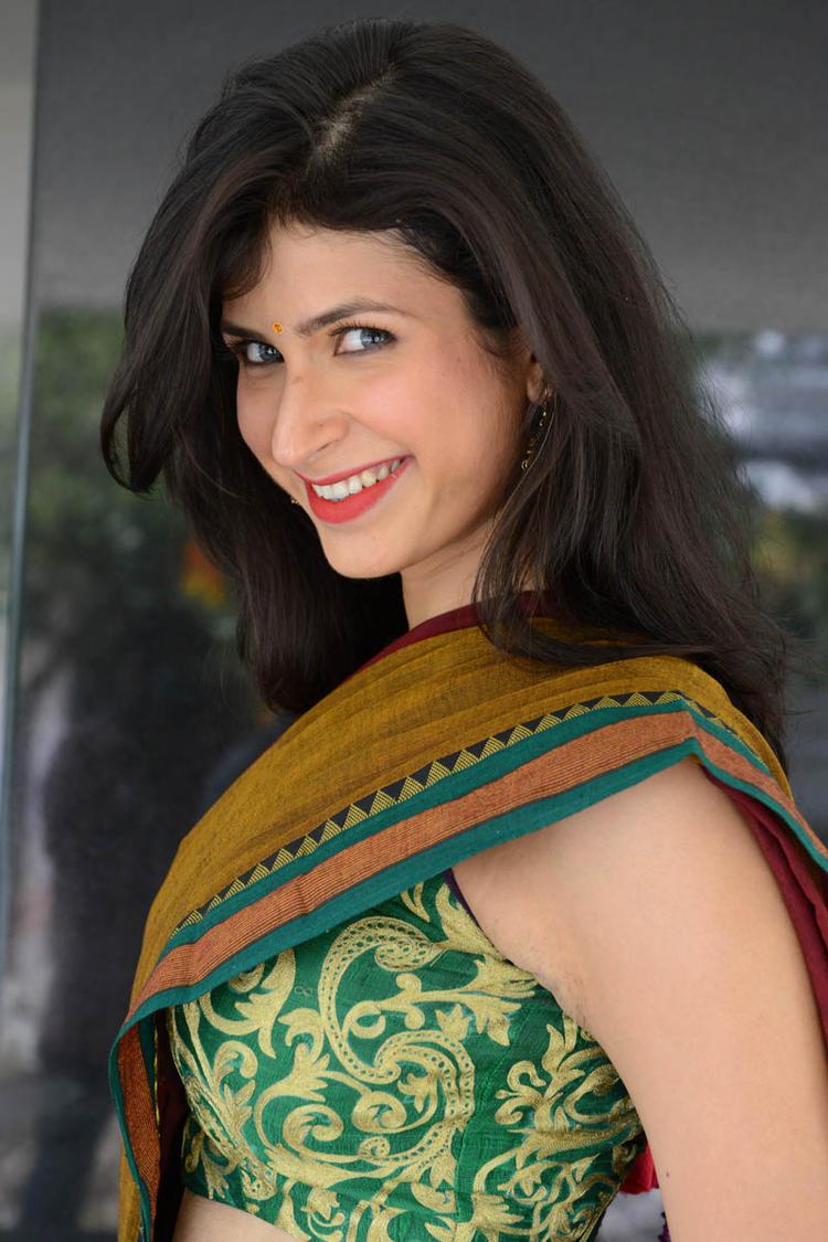 Sonia Birje In Saree Latest Hot Still At Manushulatho Jagartha Movie Opening Function