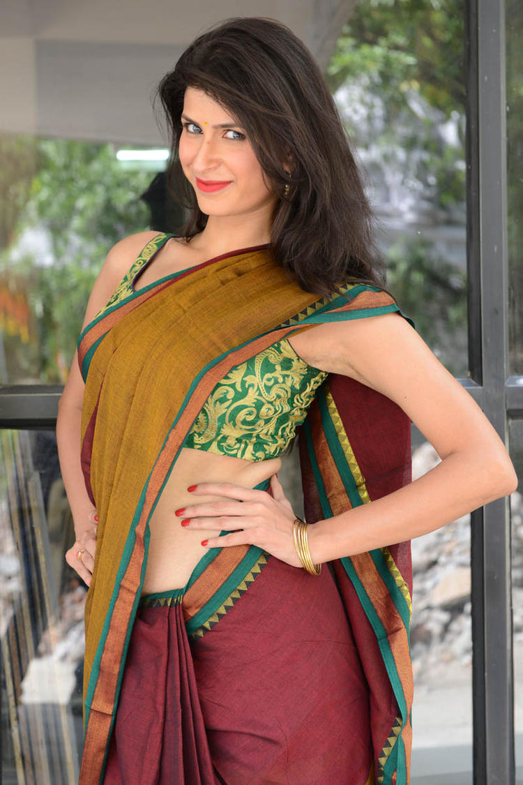 Sonia Birje In Saree Sizzling Hot Still At Manushulatho Jagartha Movie Opening Function