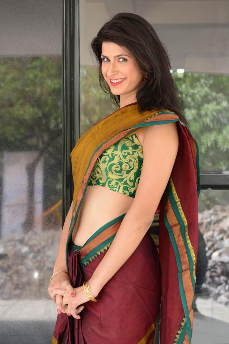 Sonia Birje In Saree Spicy Look Still At Manushulatho Jagartha Movie Opening Function