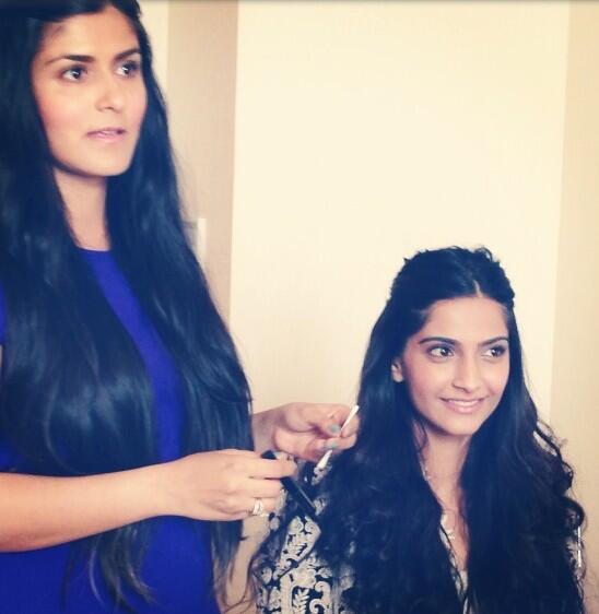 Namrata Soni And Sonam Kapoor Smiling Posed Photo