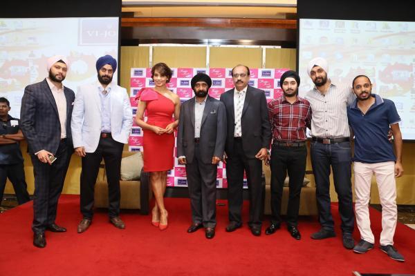Red Hot Beauty Bipasha Basu Photo Shoot With Vijohn's Distributors