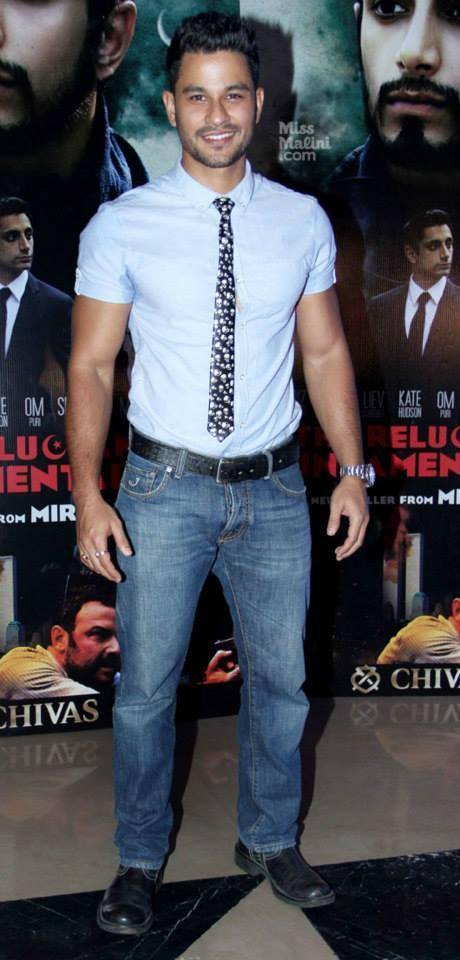 Kunal Khemu Snapped At Mira Nair's Reluctant Fundamentalist