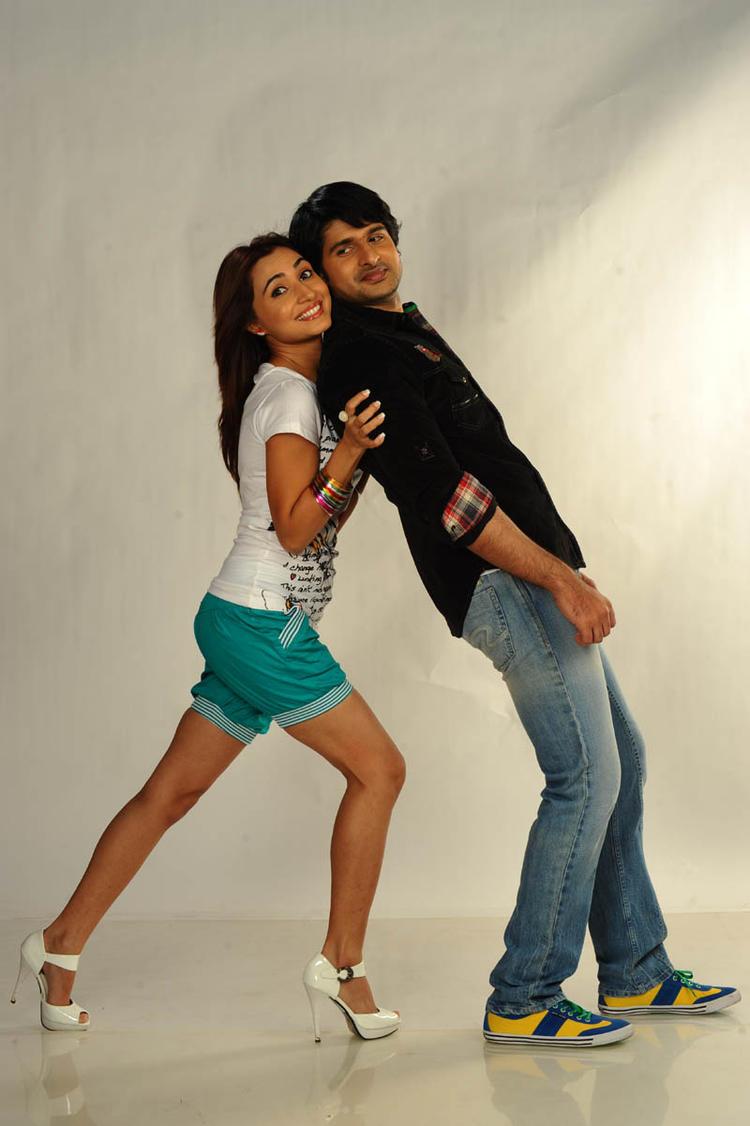 Jayanth And Dhriti Saharan Cute Still In Love Touch Movie