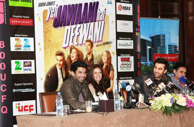Aditya,Kalki And Ranbir Cool Smiling Look During The Promotion Of YJHD At Dubai