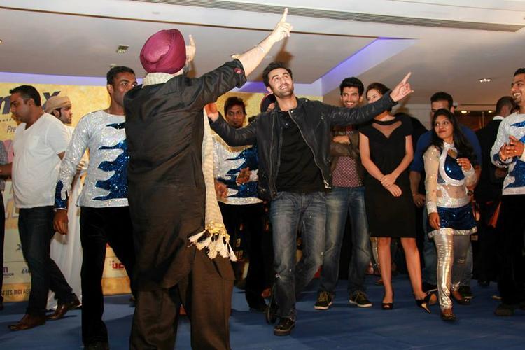 Ranbir Kapoor Dancing Pose During The Promotion Of YJHD At Dubai