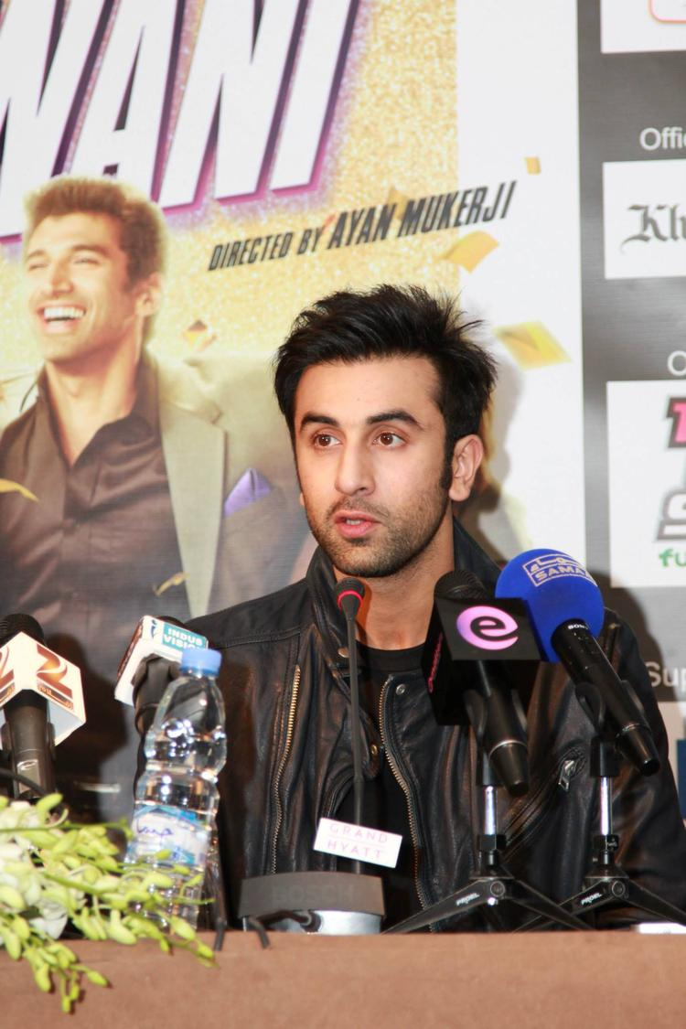Ranbir Kapoor Dazzling Look At Dubai During The Promotion Of YJHD