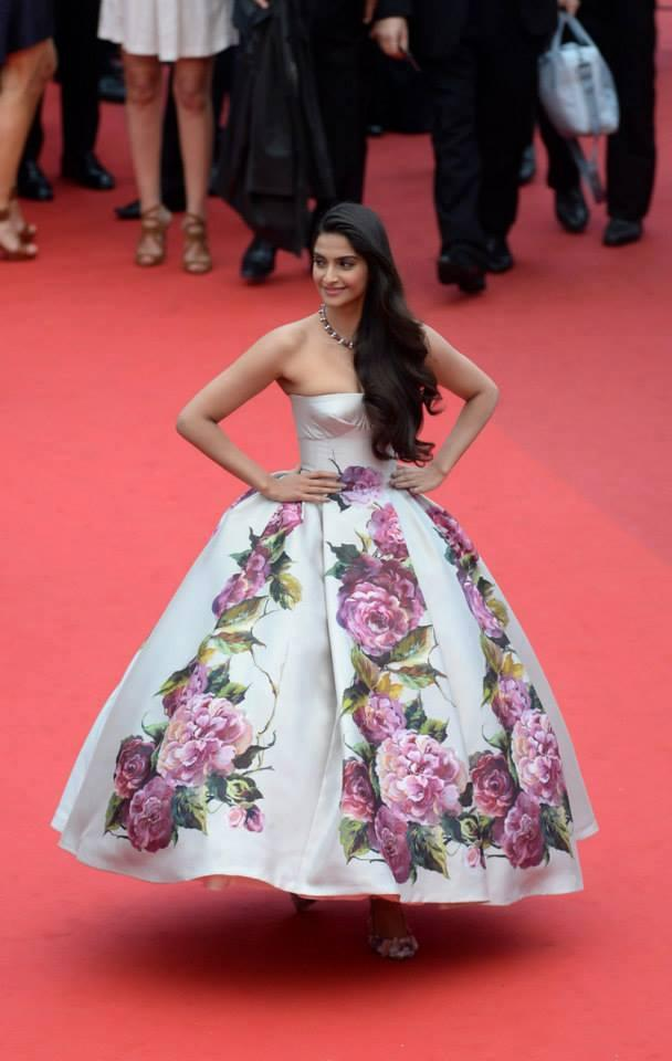 Sonam Kapoor Attend The Jeune And Jolie Premiere During Cannes Film Festival Wearing A Floral Print Dolce And Gabbana Gown