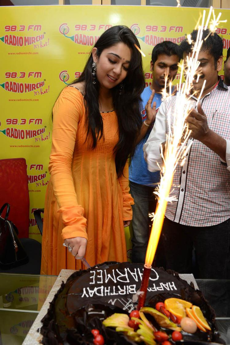 Charmi Kaur Celebrate's Her Birthday At 98.3 FM Radio Mirchi