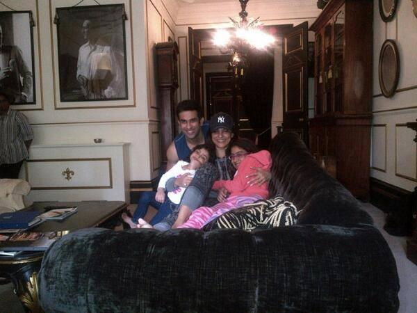Sushmita Sen Nice Pose To Photo Shoot With Her  Brother And Beautiful Daughters