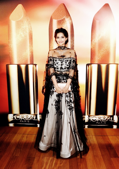 Sonam Kapoor Strikes A Pose At The Chopard Party At Cannes 2013
