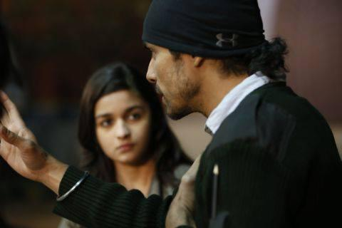 Alia Bhatt and Randeep Hooda A Still From The Movie Highway