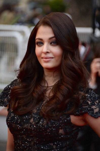 Aishwarya Stunning Beautiful Face Look Still At Cannes Film Festival