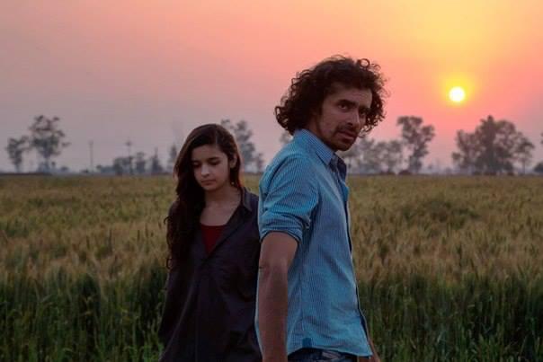 Alia Bhatt And Imtiaz Ali A Still From Highway Shooting Set