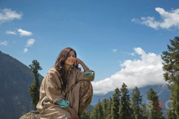 Alia Bhatt Nice Stunning Pic During Highway Shooting Set At Aru Valley