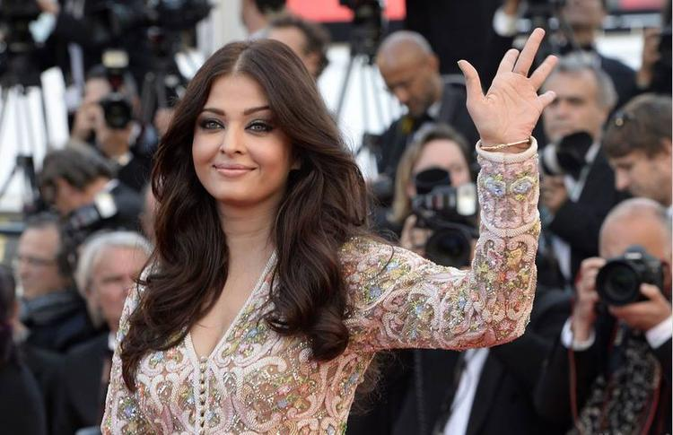Aishwarya Rai Bachchan At The Premiere Of Blood Ties At The Cannes Film Festival