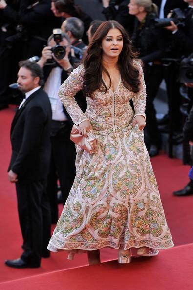 Aishwarya Rai Latest Still During The Premiere Of Blood Ties At Cannes