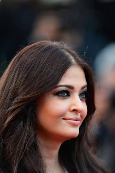 Blue Eyes Beauty Aishwarya At The Premiere Of Blood Ties At The Cannes Film Festival