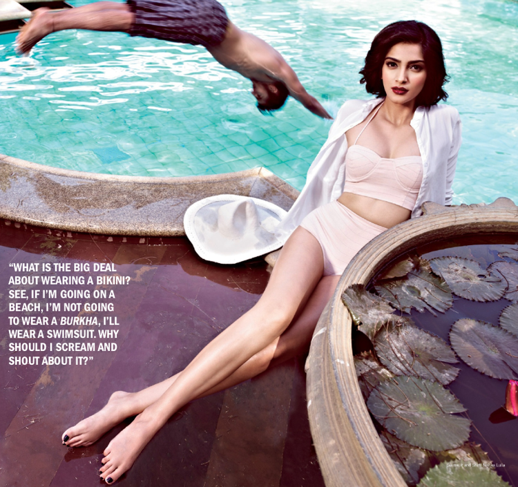 Sonam Kapoor Exposing Her Sexy Milky Things Besides The Pool For Filmfare