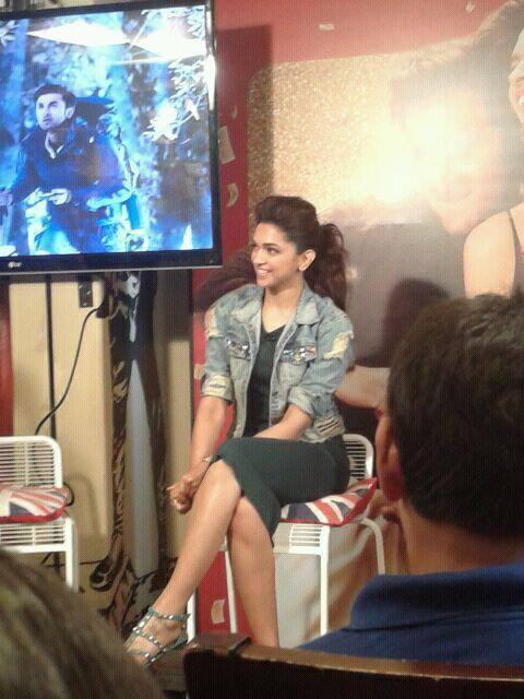 Smiling Deepika Sexy Look During The Promotion Of YJHD On Times Now Event