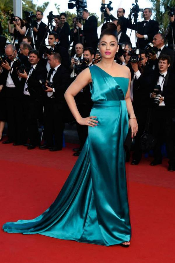 Gorgeous Aishwarya Rai At The Premiere Of Cleopatra At The Cannes Film Festival