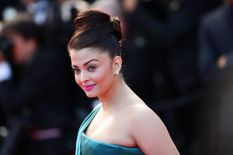 Most Beautiful Lady Aishwarya Stunning And Charming Face Look Still
