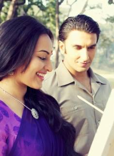 Ranveer Singh And Sonakshi Sinha Latest Still From The Movie Lootera