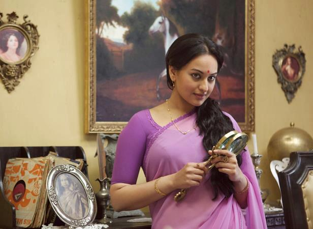 Sonakshi Sinha Looks Sizzling In The Movie Lootera