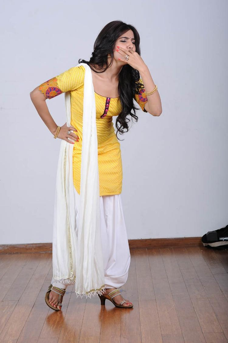 Samantha Ruth Prabhu Cool Pose Photo Shoot Still
