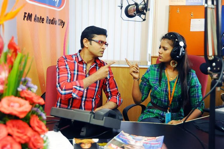 Siri And Rohith FM Ante Radio City Still From The Movie Half Boil