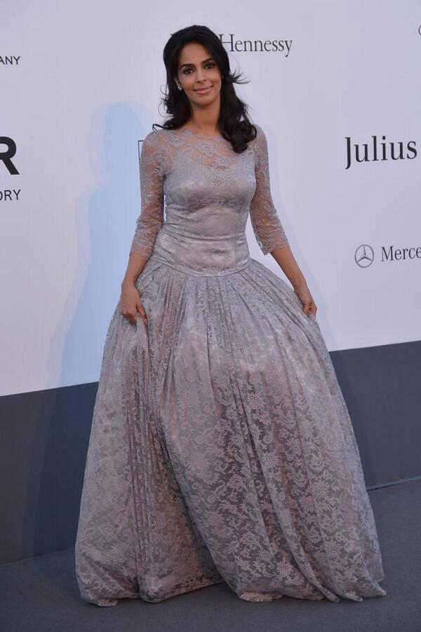 Mallika Sherawat Nice And Sizzling Pic In Full-Sleeve Dolce And Gabbana Gown At Cannes