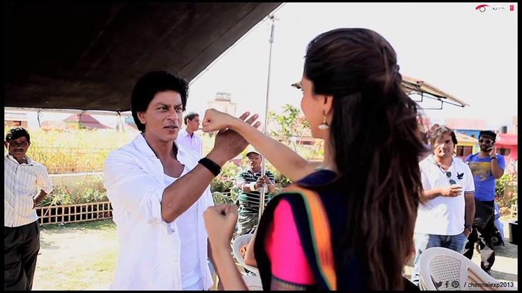 Deepika Fight With Shahrukh During The Shooting Set Of Chennai Express