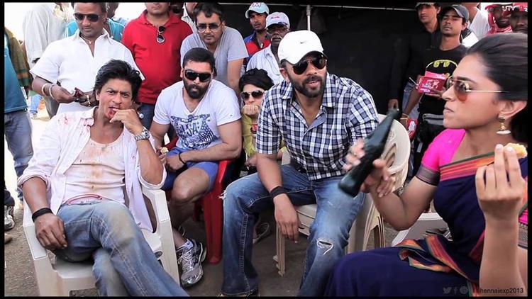 Shahrukh,Deepika And Rohit On The Sets Of Chennai Express