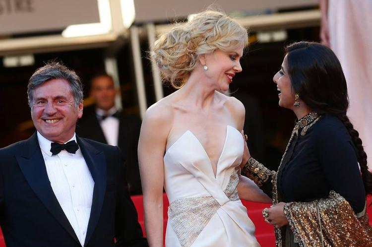 Daniel Smiling Look,Nicole And Vidya Cool Chatting At The Cannes 2013 Closing Ceremony