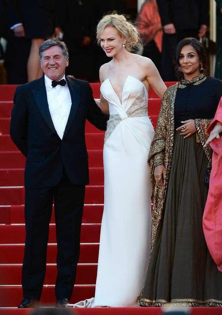 Daniel,Nicole And Vidya Posed In Red Carpet At The Cannes 2013 Closing Ceremony