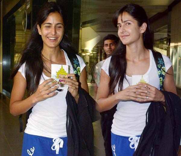 Katrina Kaif Recently Spotted At The Mumbai Airport