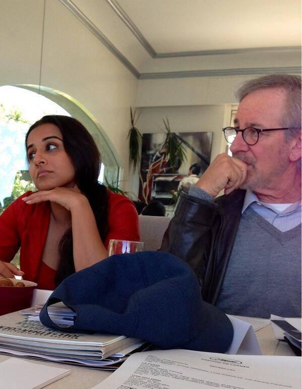 Vidya Balan Nice Look During The Journey Of Cannes 2013