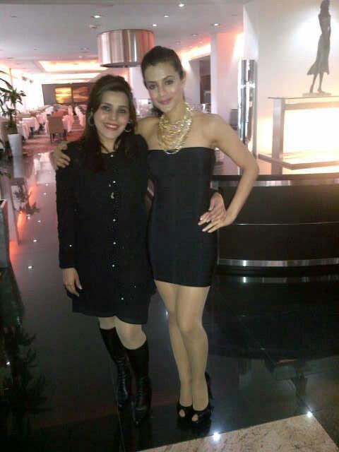 Ameesha Patel Strike A Pose For Photo Shoot At CHAK 89 Restaurant