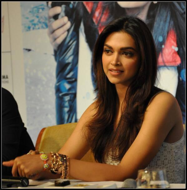 Deepika Padukone Addresses The Media At Delhi During The Promotion Of YJHD