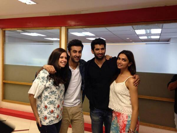 Kalki,Ranbir,Aditya And Deepika Cool Posed At YJHD Promotion In Delhi