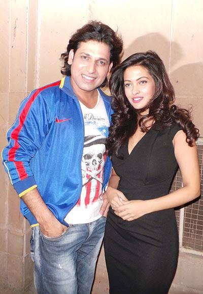 Rajan With Stunning Riya During The Premiere Of The Movie Zindagi 50-50