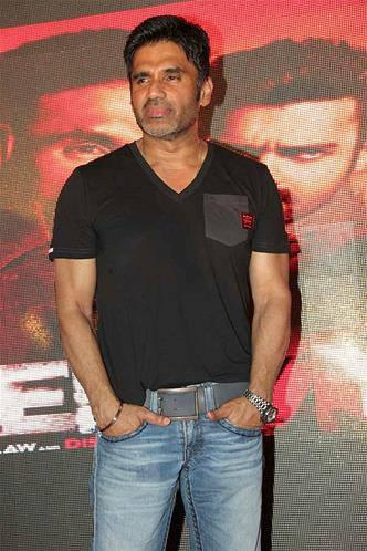 Bollywood Star Sunil Shetty Nice Pose To Photo Shoot At Music Launch Event Of Enemmy